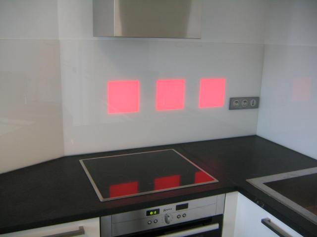 Artisan verrier fabrication r paration 33 bordeaux - Credence cuisine en verre design ...